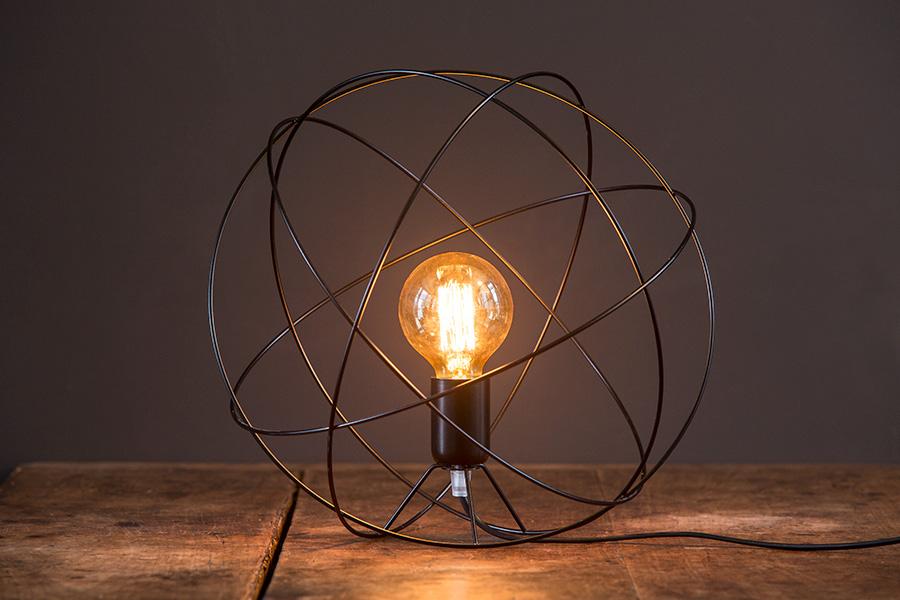 Atome Luminaire à poser Petit format - Rob'S design