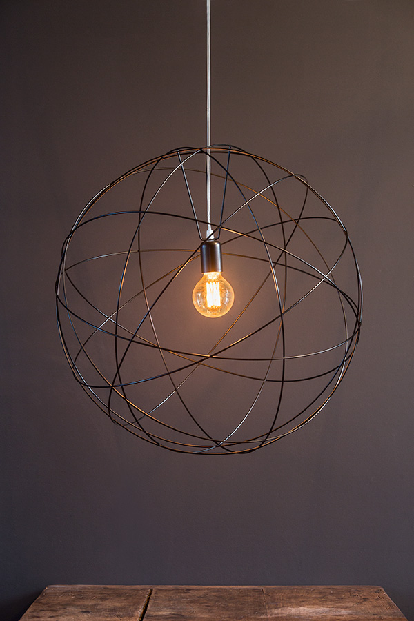suspension luminaire grand format. Black Bedroom Furniture Sets. Home Design Ideas